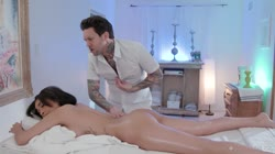 FantasyMassage Aaliyah Hadid Not Her Regular Masseur